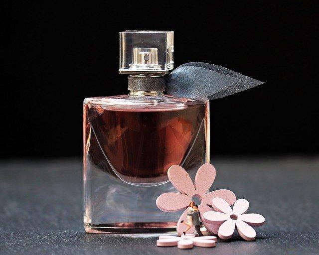tanie trwałe perfumy